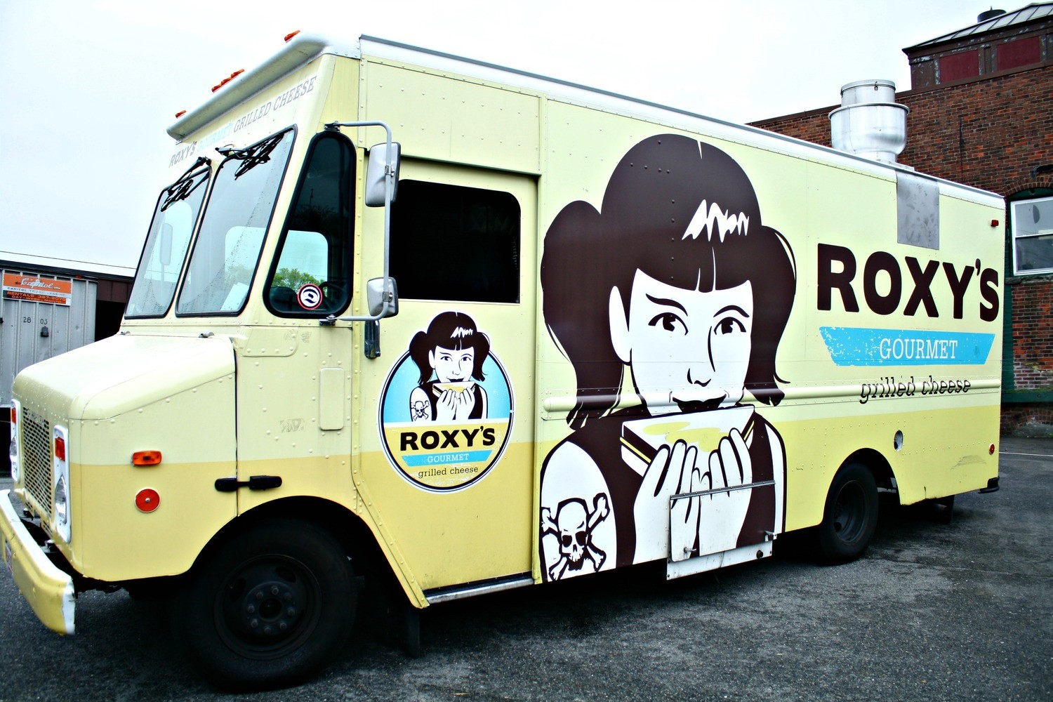 Food Truck Station Roxy's Gourmet